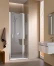 Cada XS drzwi wahadłowe jednoskrzydłowe z polem stałym po prawej stronie 90 profil srebro wysoki połysk szkło hartowane z powłoką KermiClean